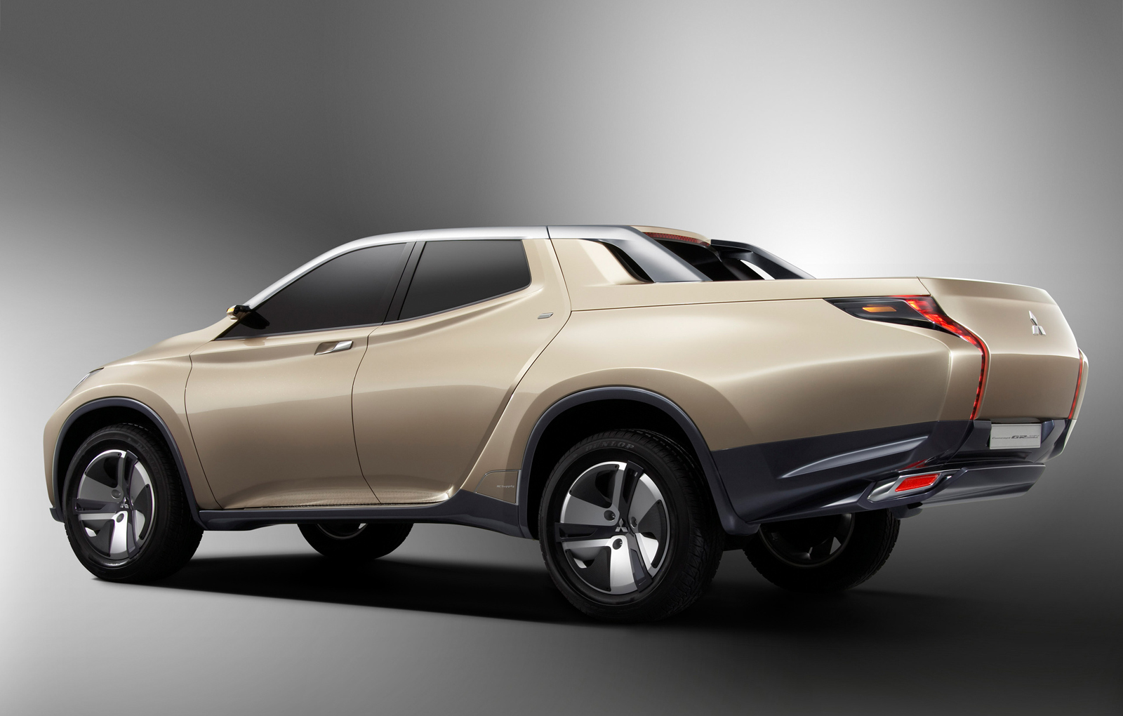 Mitsubishi Previews New L200 with Hybrid Pickup Concept - autoevolution