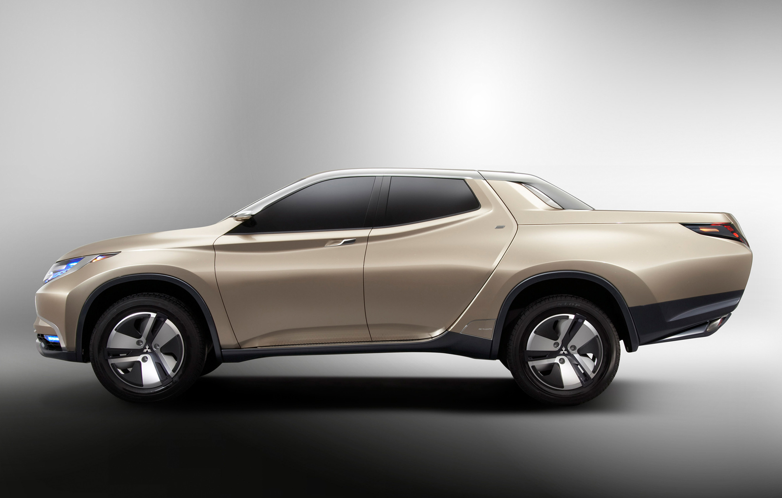 Mitsubishi Previews New L200 with Hybrid Pickup Concept ...