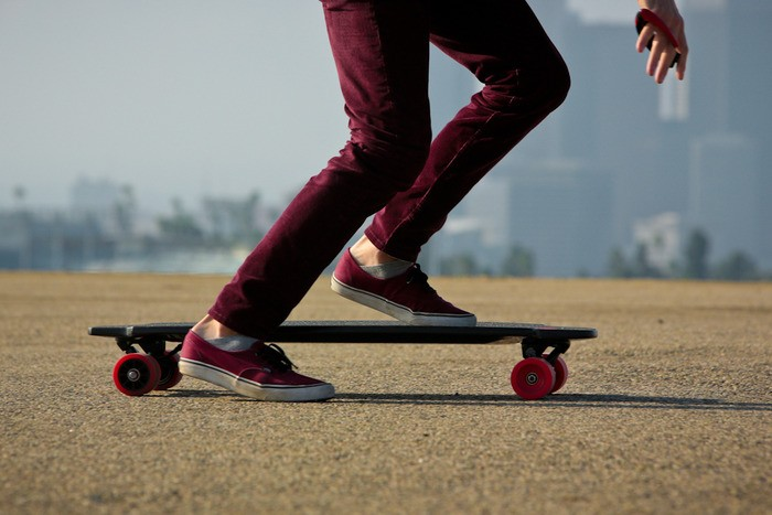 Monolith Is The First Electric Skateboard To Feature Hub
