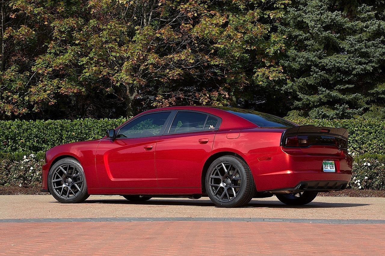Dodge Dart Sxt >> Mopar Introduces 2014 Scat Packages for Dodge Challenger, Charger and Dart - autoevolution