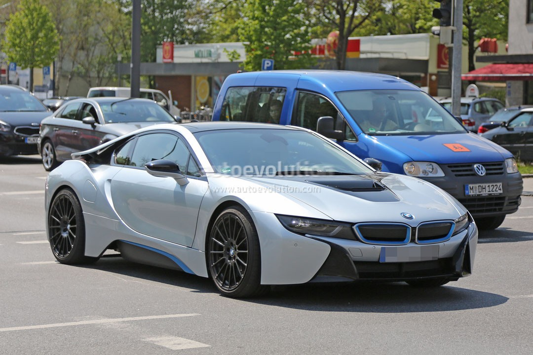 more powerful bmw i8 spied hides a more potent engine and. Black Bedroom Furniture Sets. Home Design Ideas
