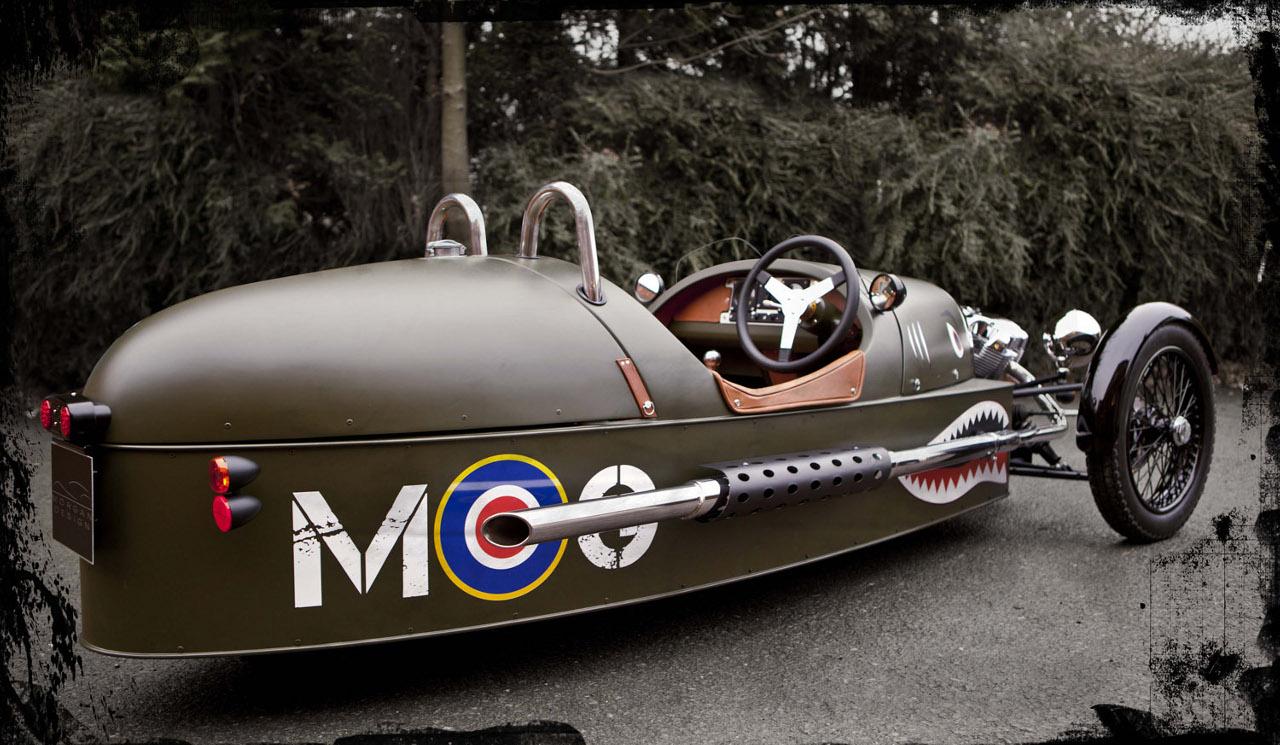 morgan 3 wheeler half a car double the fun autoevolution. Black Bedroom Furniture Sets. Home Design Ideas