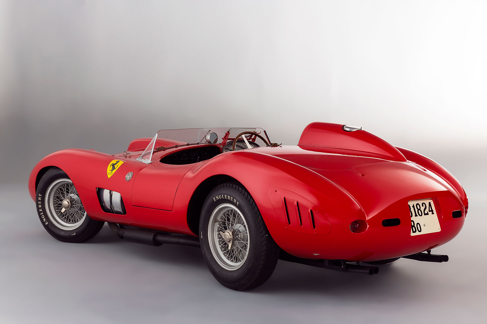 most expensive car sold at auction is this ferrari 335 s scaglietti autoevolution. Black Bedroom Furniture Sets. Home Design Ideas