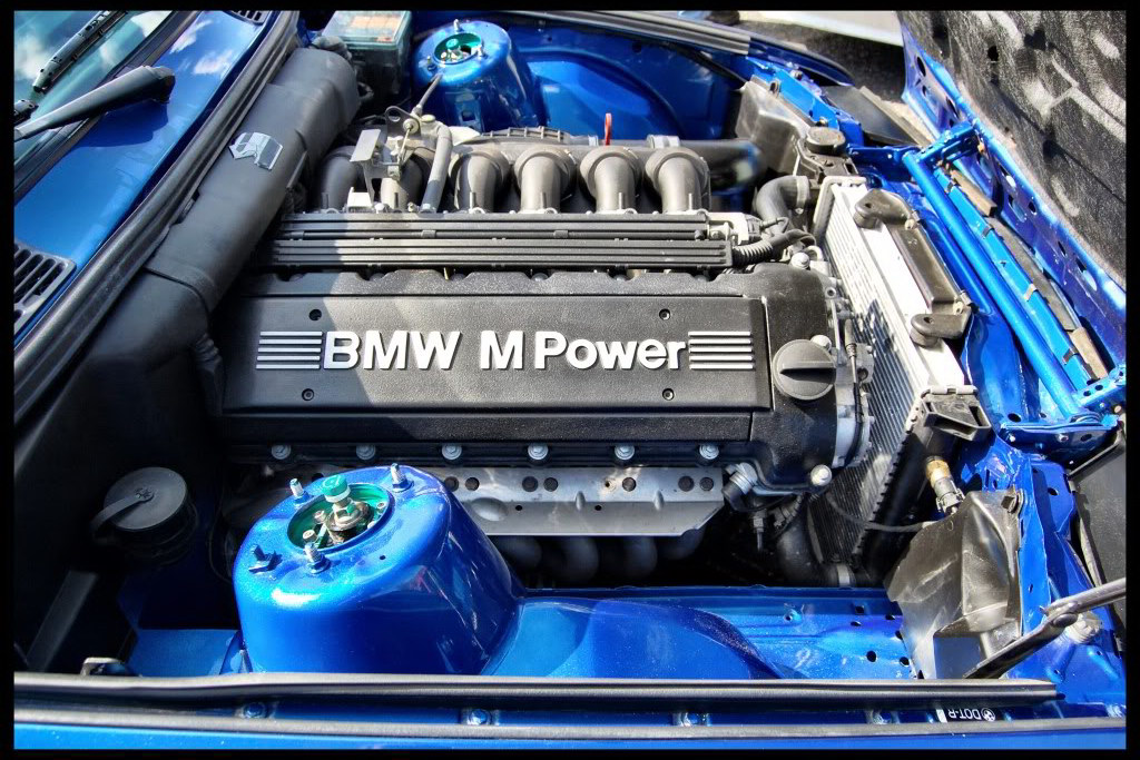 mouth watering bmw e30 m3 touring up for sale on ebay. Black Bedroom Furniture Sets. Home Design Ideas