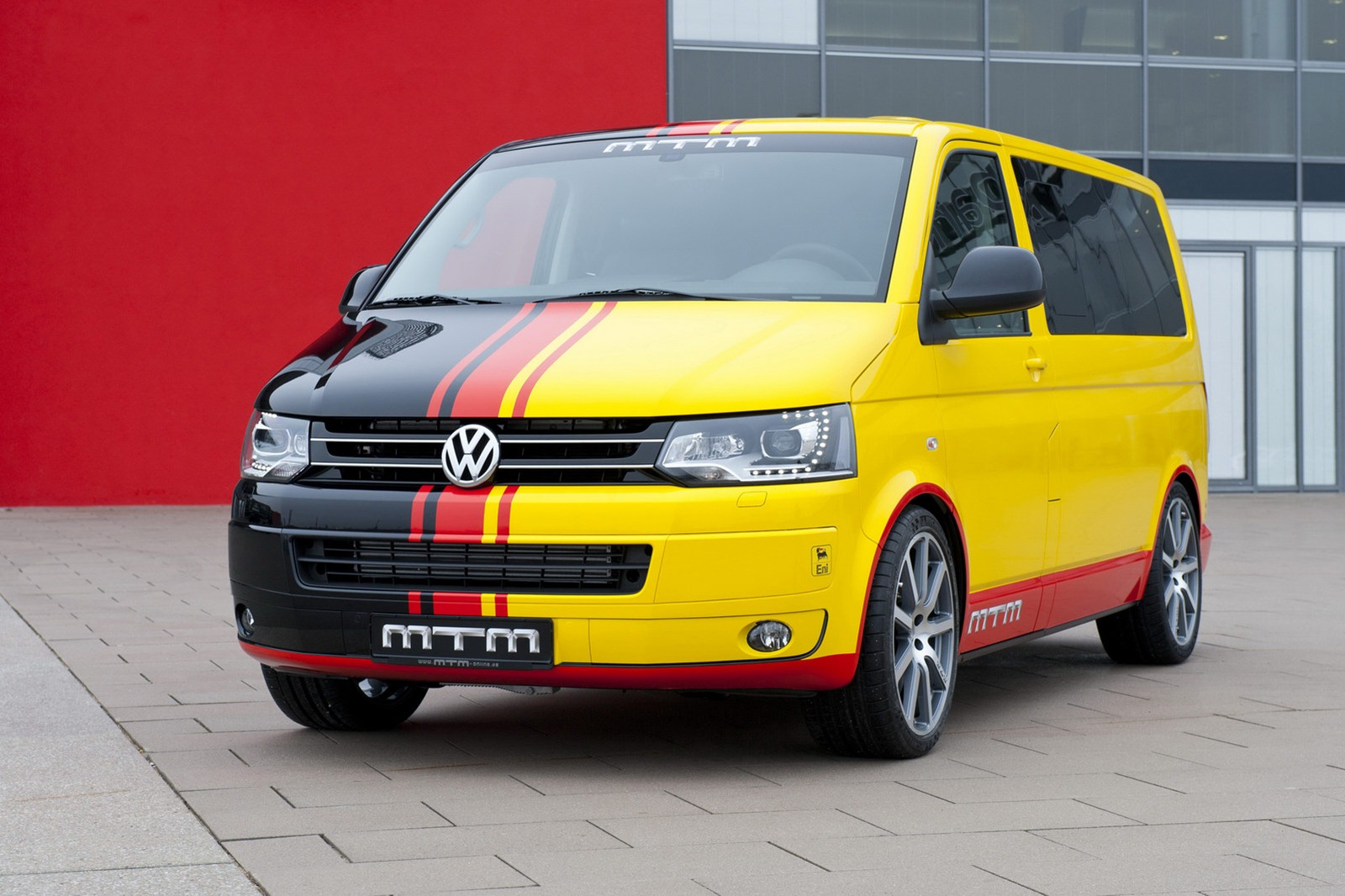 mtm volkswagen t5 van delivers 472 hp autoevolution. Black Bedroom Furniture Sets. Home Design Ideas