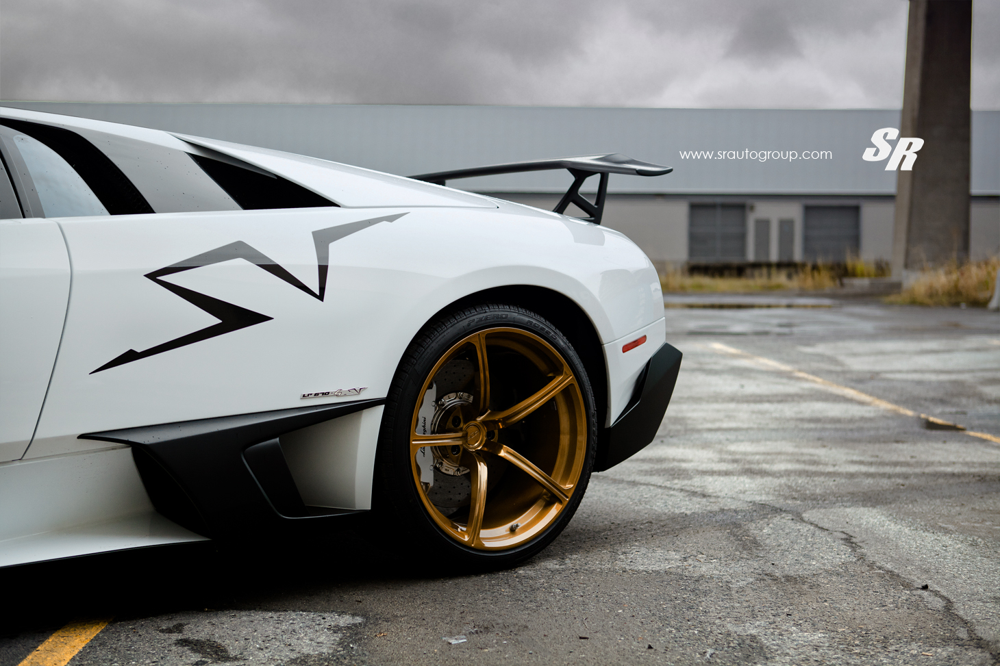 Murcielago LP670-4 SV on Gold PUR Wheels - autoevolution