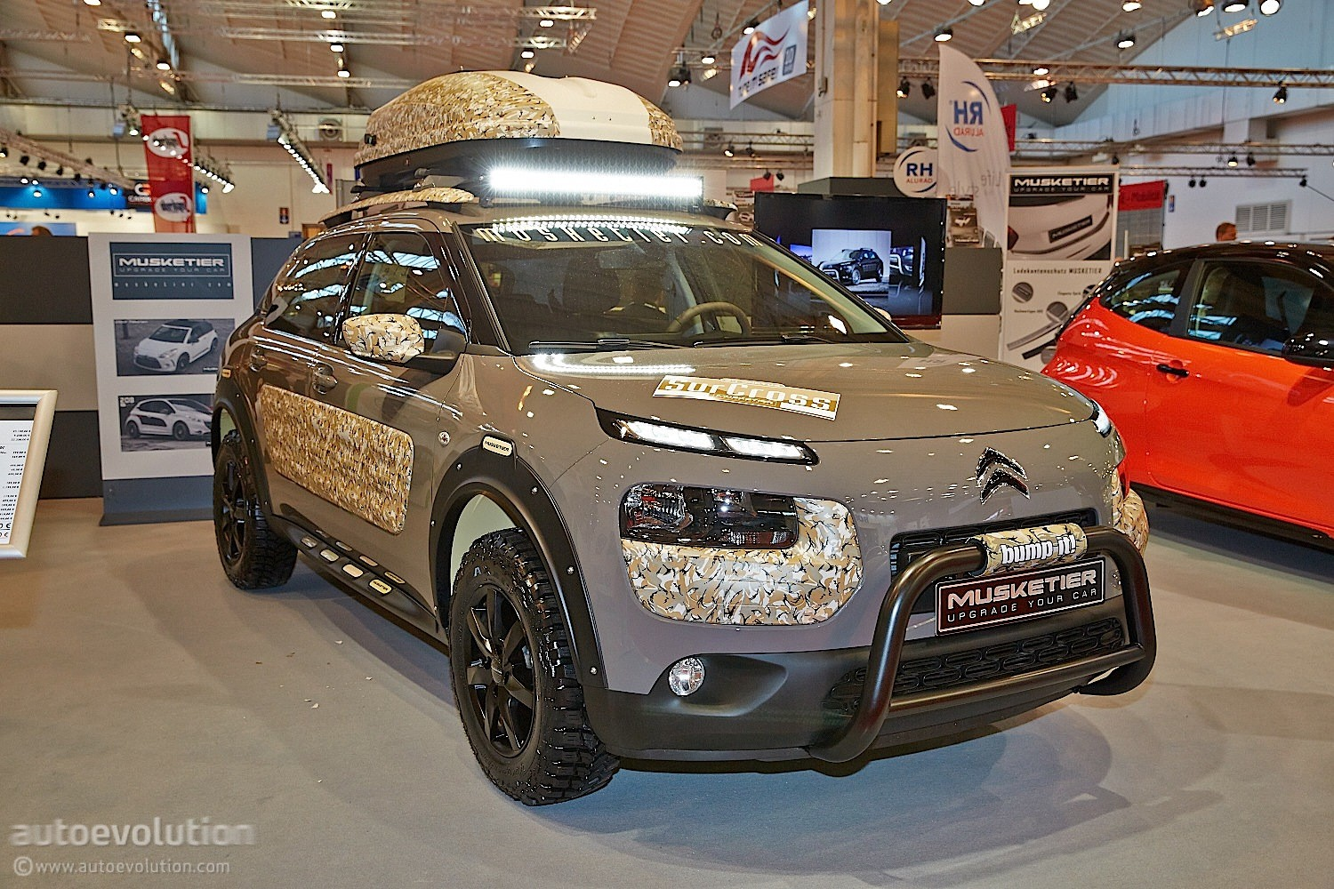 musketier citroen c4 cactus surcross is unusual in its. Black Bedroom Furniture Sets. Home Design Ideas
