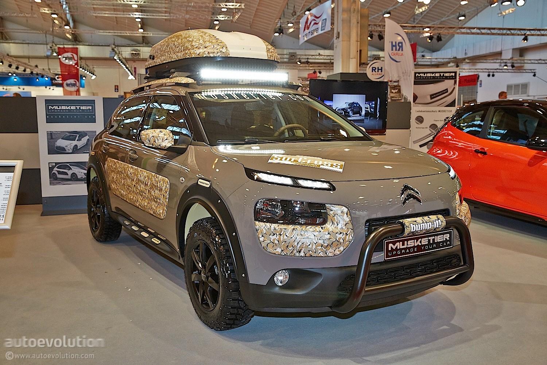 [PREPARATION] Citroën C4 Cactus Offroad Edition Musketier Musketier-citroen-c4-cactus-is-unusual-in-its-safari-clothes-live-photos_8