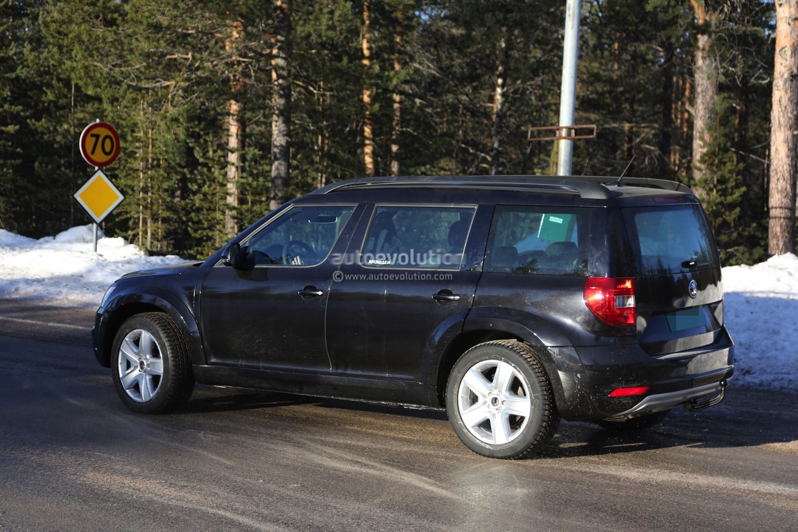 Mysterious Skoda Yeti Mule Spied Testing Could Preview Much Bigger