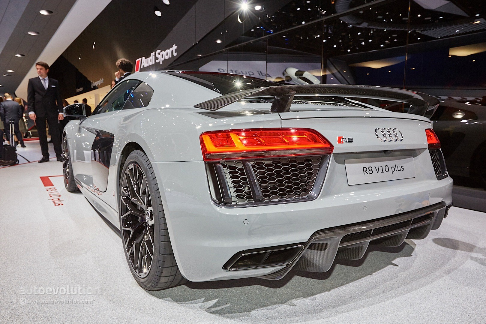 Nardo Gray Audi R8 V10 Plus Shows the Exclusive Side of ...