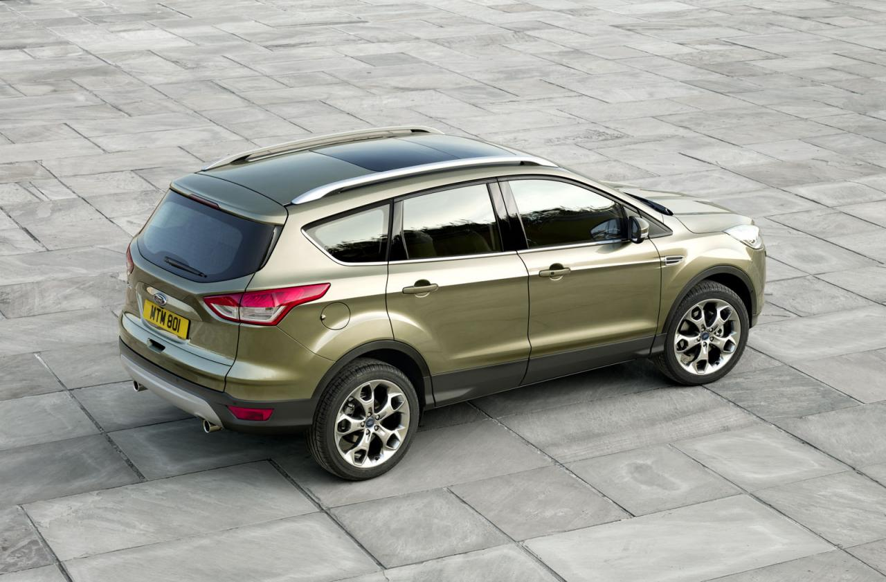 new 2013 ford kuga debuts in geneva video autoevolution. Black Bedroom Furniture Sets. Home Design Ideas