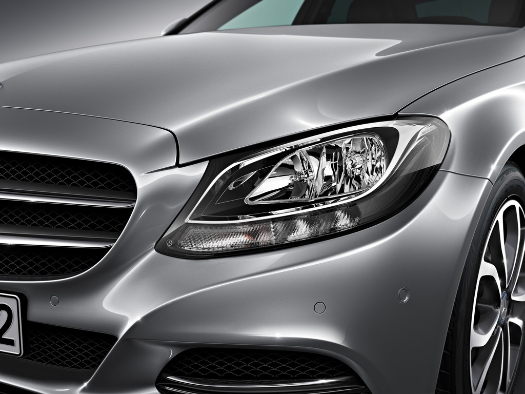 (W205): Tipos de faróis New-2015-c-class-w205-has-three-different-headlights-photo-gallery_10