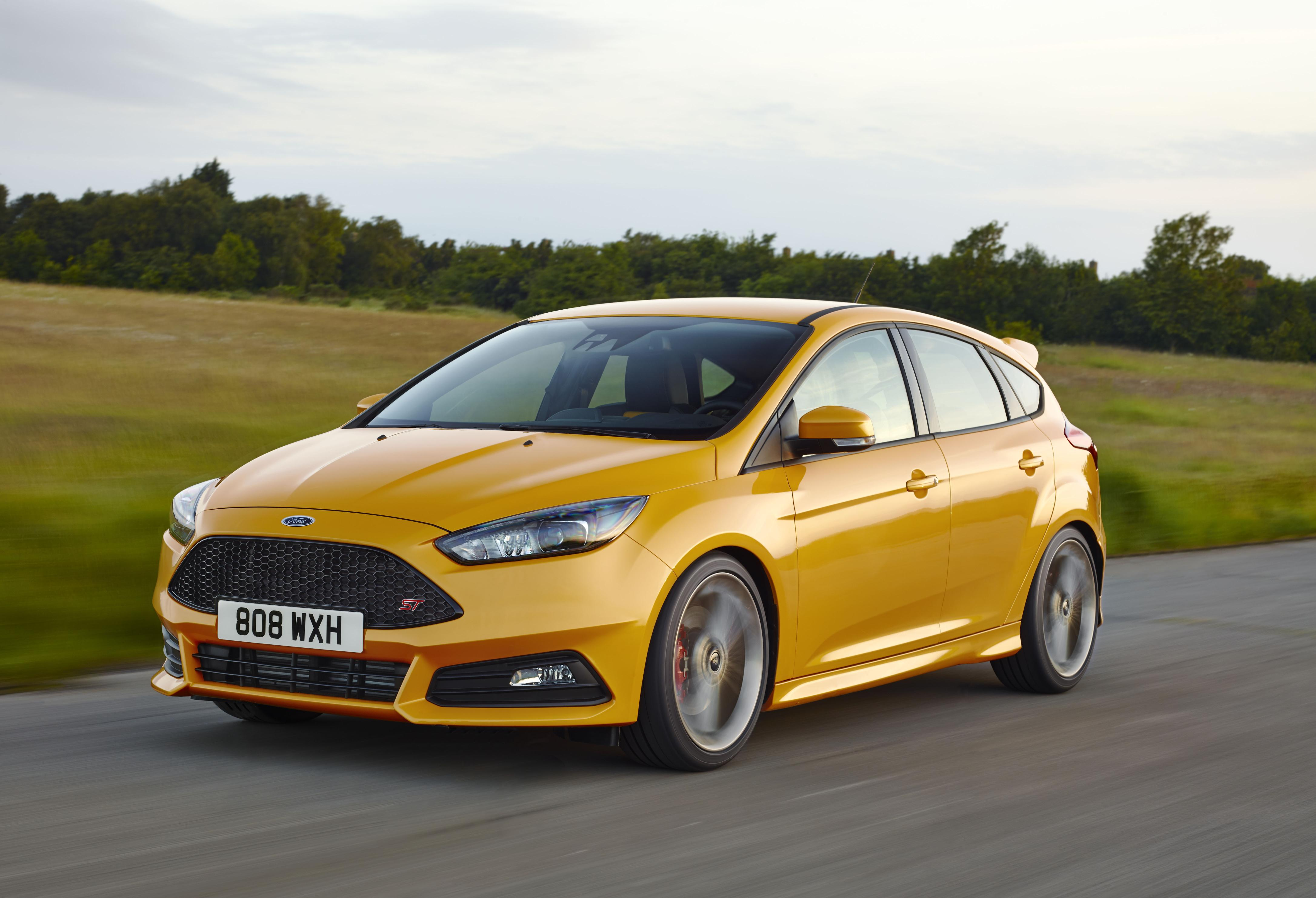 new 2015 ford focus st pricing revealed for the uk autoevolution. Black Bedroom Furniture Sets. Home Design Ideas