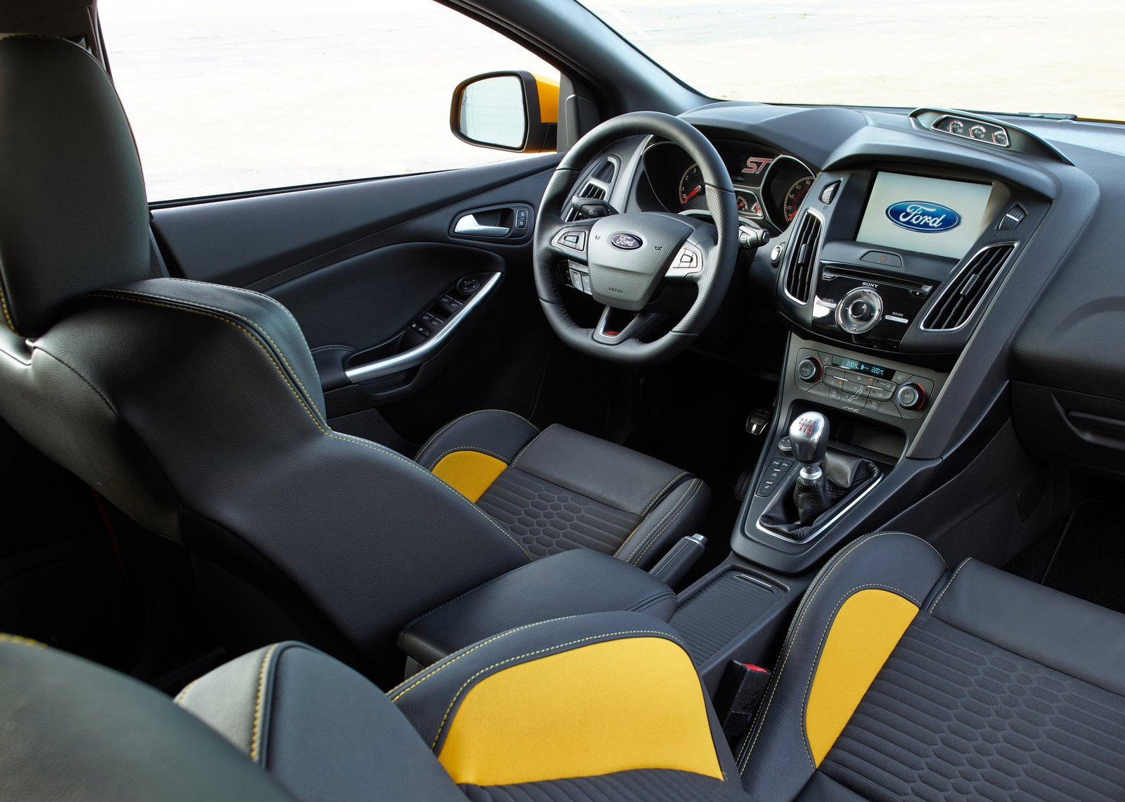 New 2015 Ford Focus ST Pricing Revealed for the UK - autoevolution
