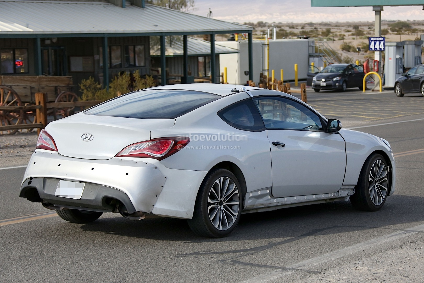 New 2017 Hyundai Genesis Coupe Spied For The First Time Autoevolution