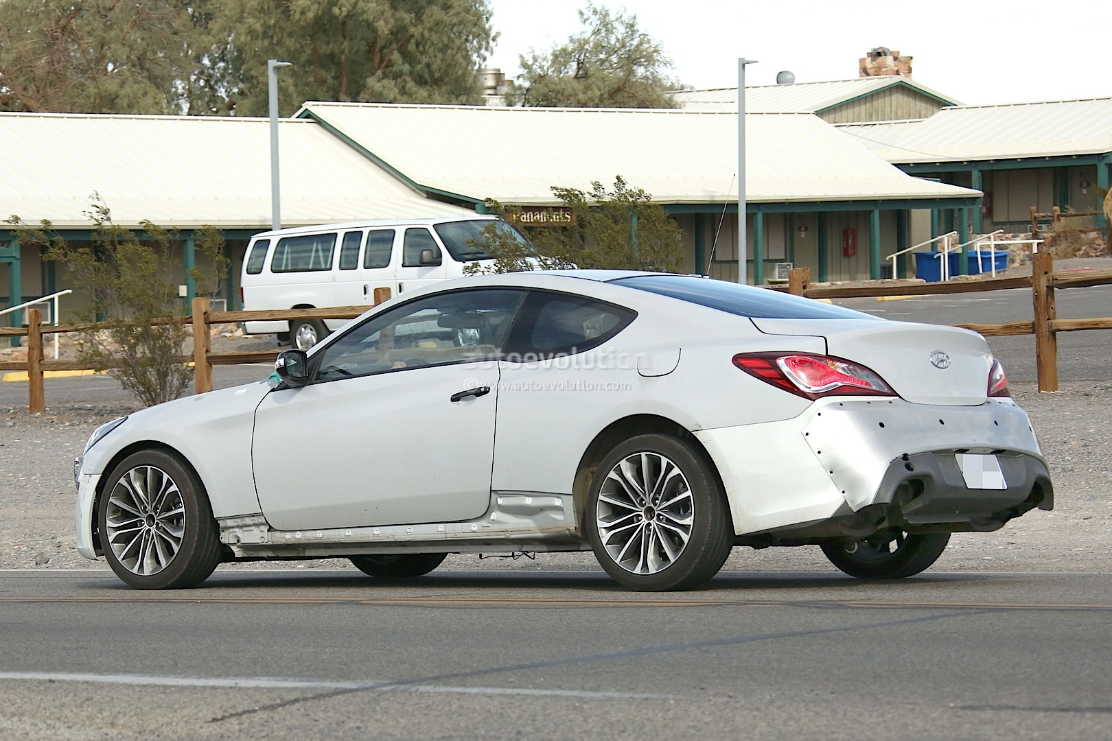 New 2017 Hyundai Genesis Coupe Spied for the First Time ...