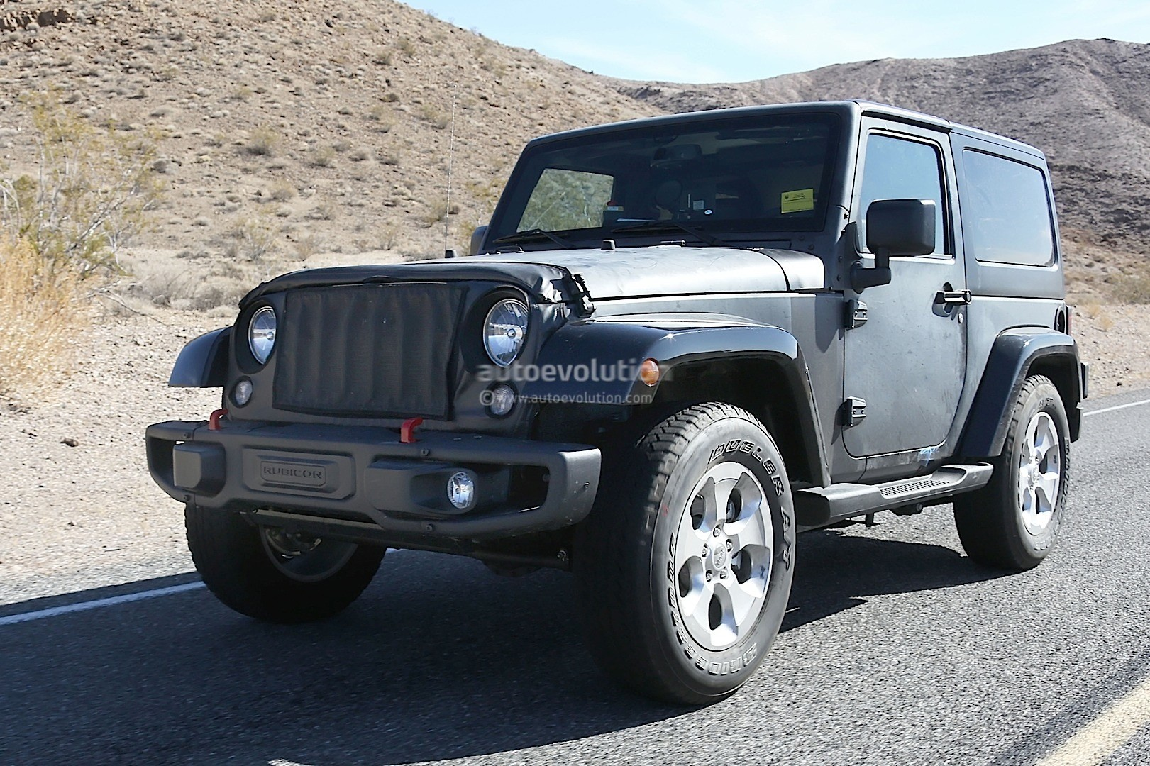 New 2018 Jeep Wrangler Spied Testing in the Desert, Will ...