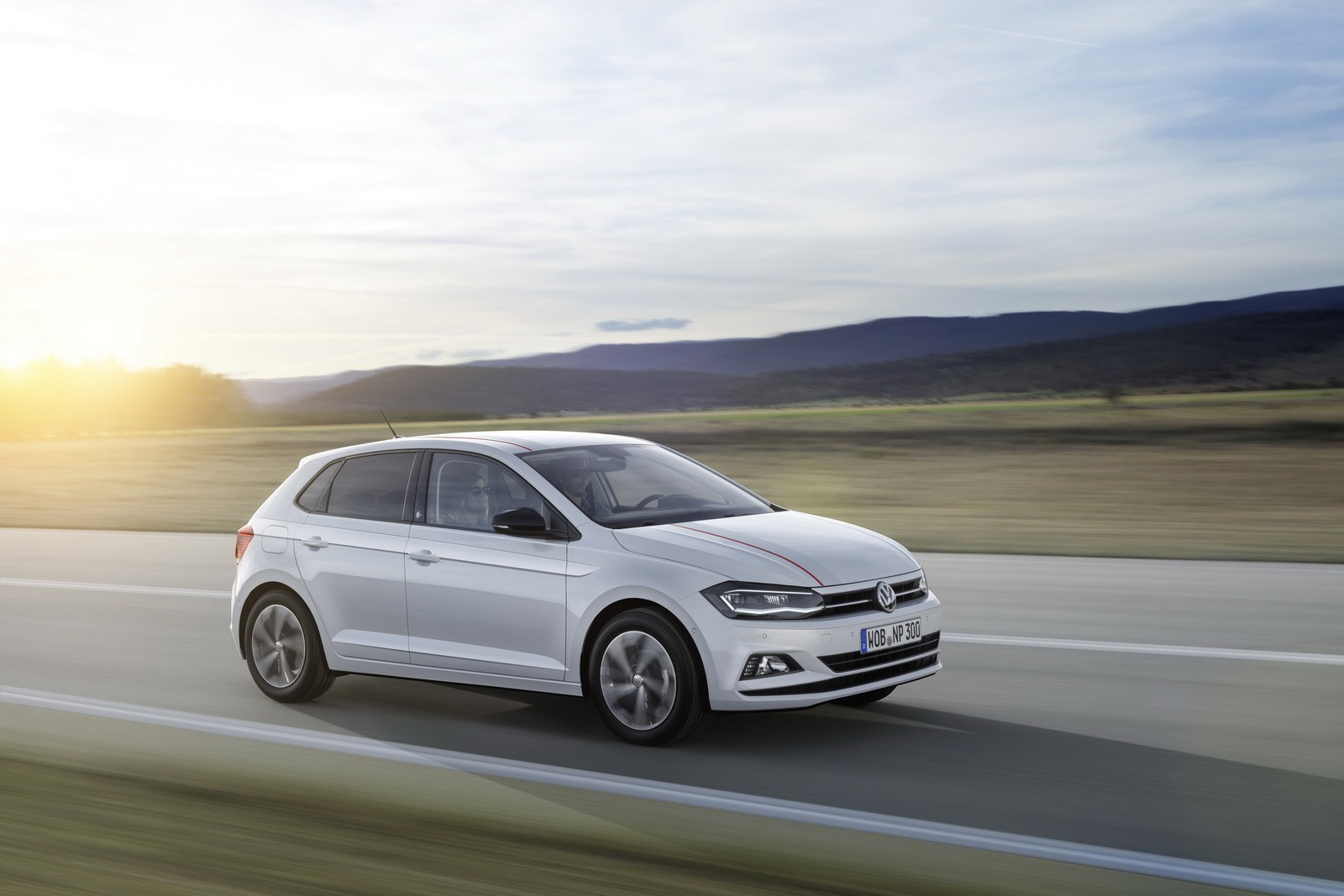 New 2018 volkswagen polo revealed has coolest dash ever for Interieur polo