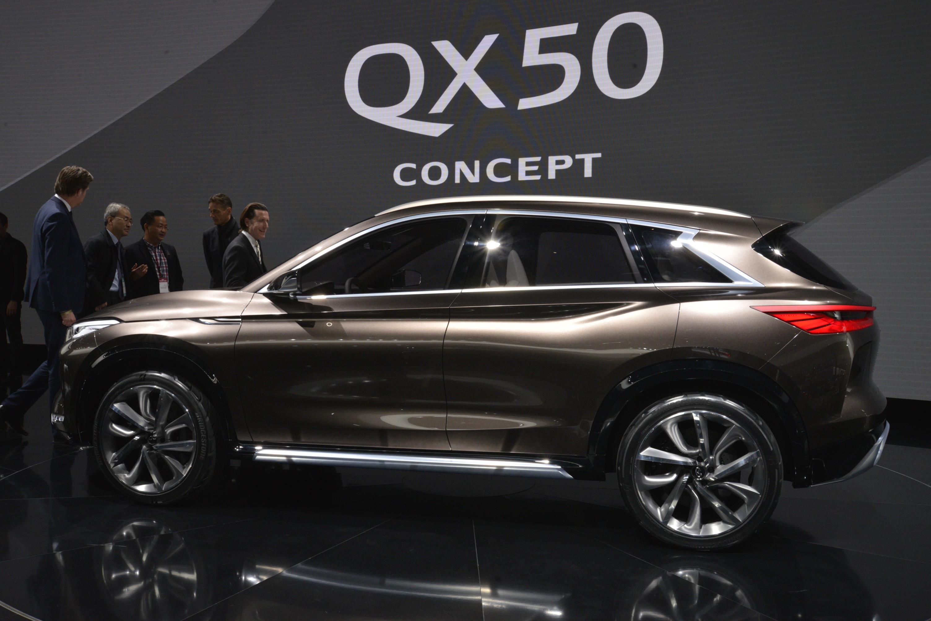 compression comes photos first infiniti car cheese says crossover is camera a the concept engine news production infinity into with live to naias focus variable new