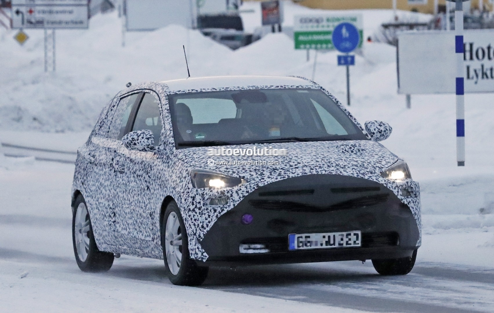 new 2019 opel corsa shows production headlights in latest spyshots autoevolution. Black Bedroom Furniture Sets. Home Design Ideas