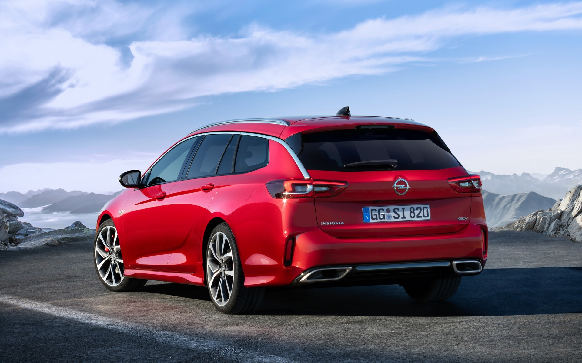 New 2020 Opel Insignia GSi Has 230 HP, Looks Sexy but ...