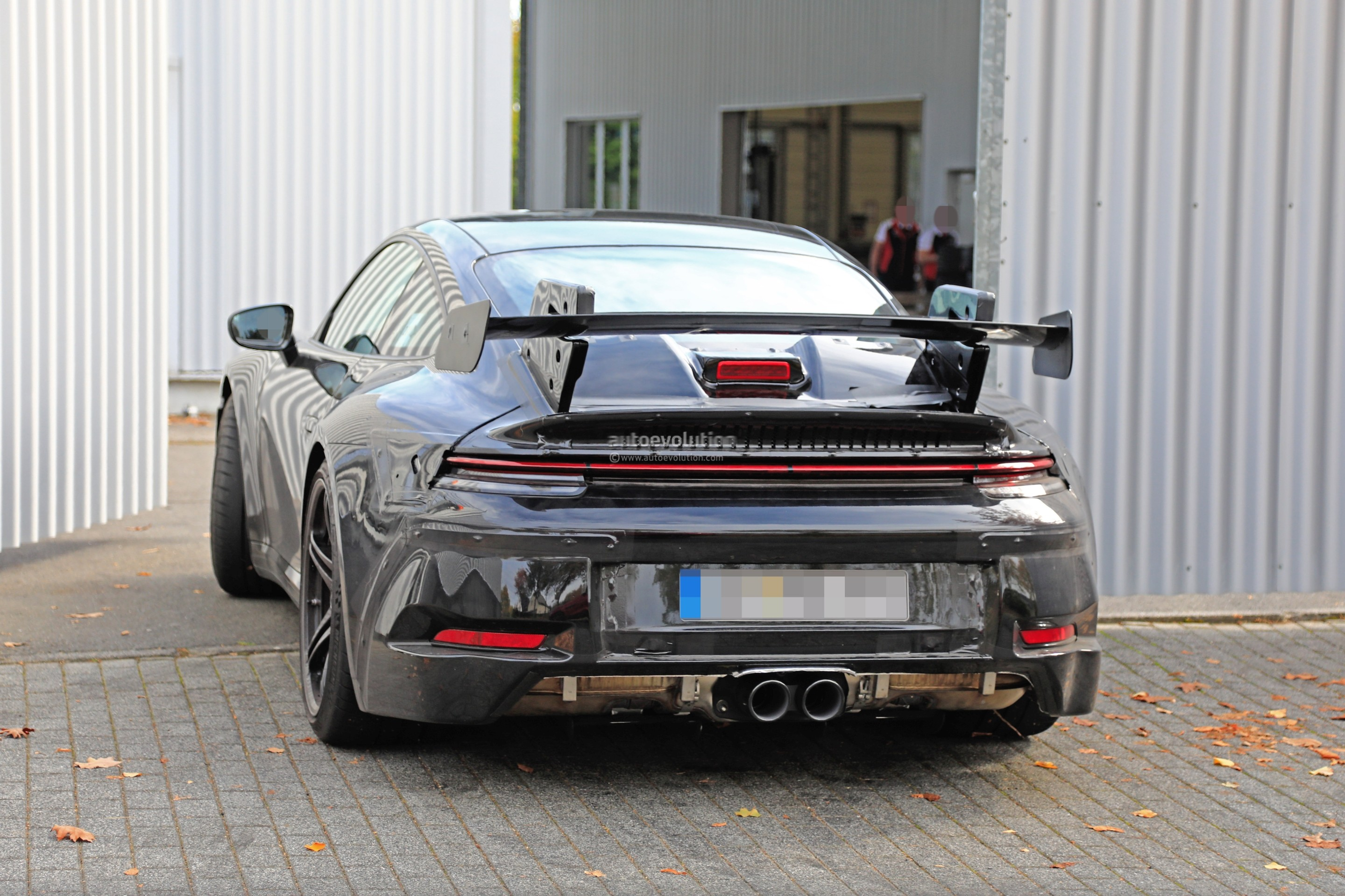 new-2020-p​orsche-911​-gt3-proto​type-shows​-productio​n-design_1