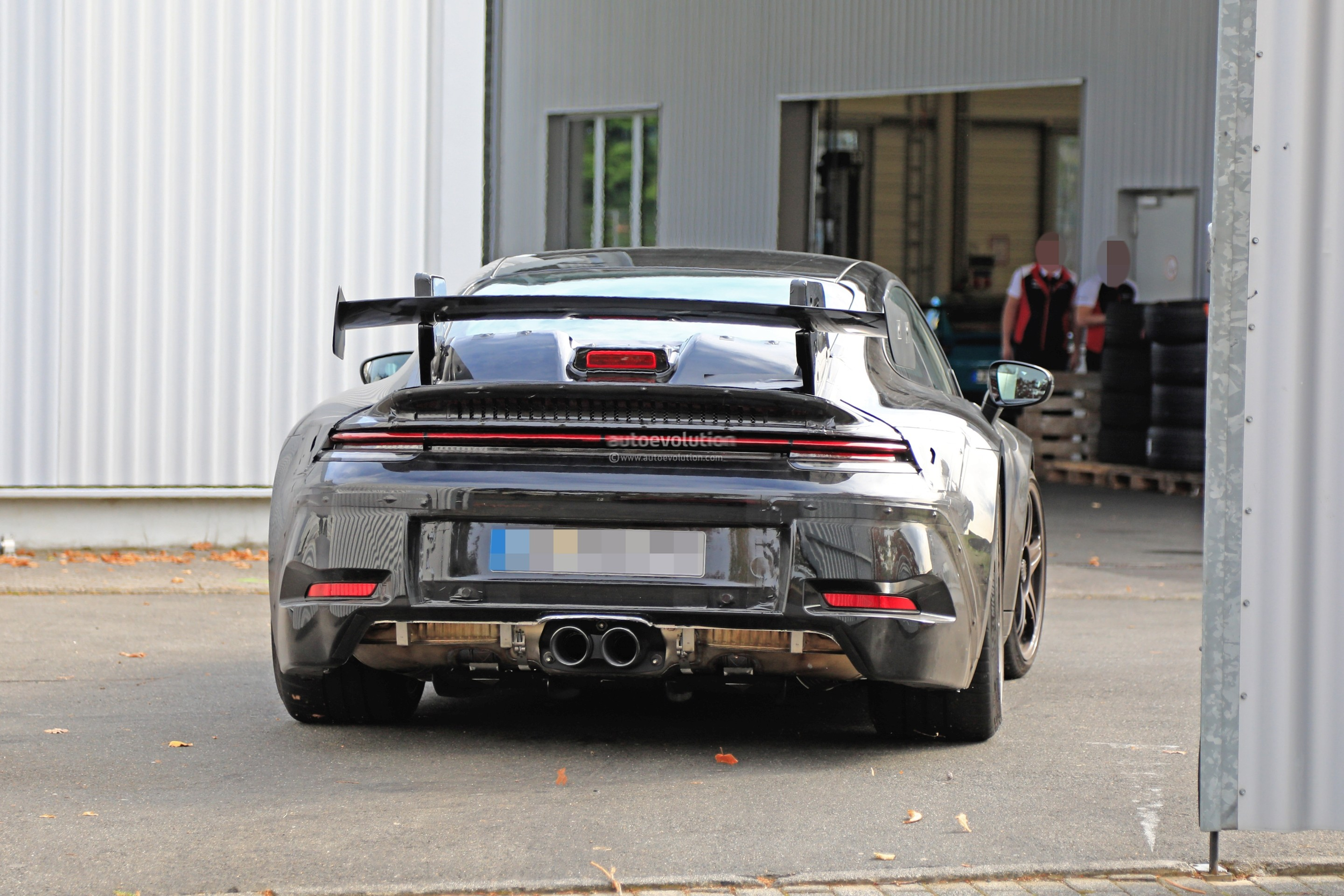 new-2020-p​orsche-911​-gt3-proto​type-shows​-productio​n-design_2