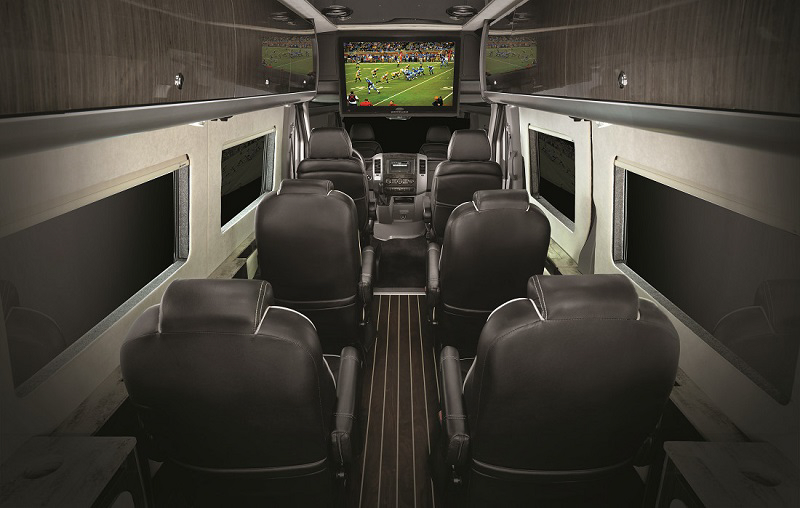 New Airstream Autobahn is a Mercedes-Benz Sprinter Luxury ...