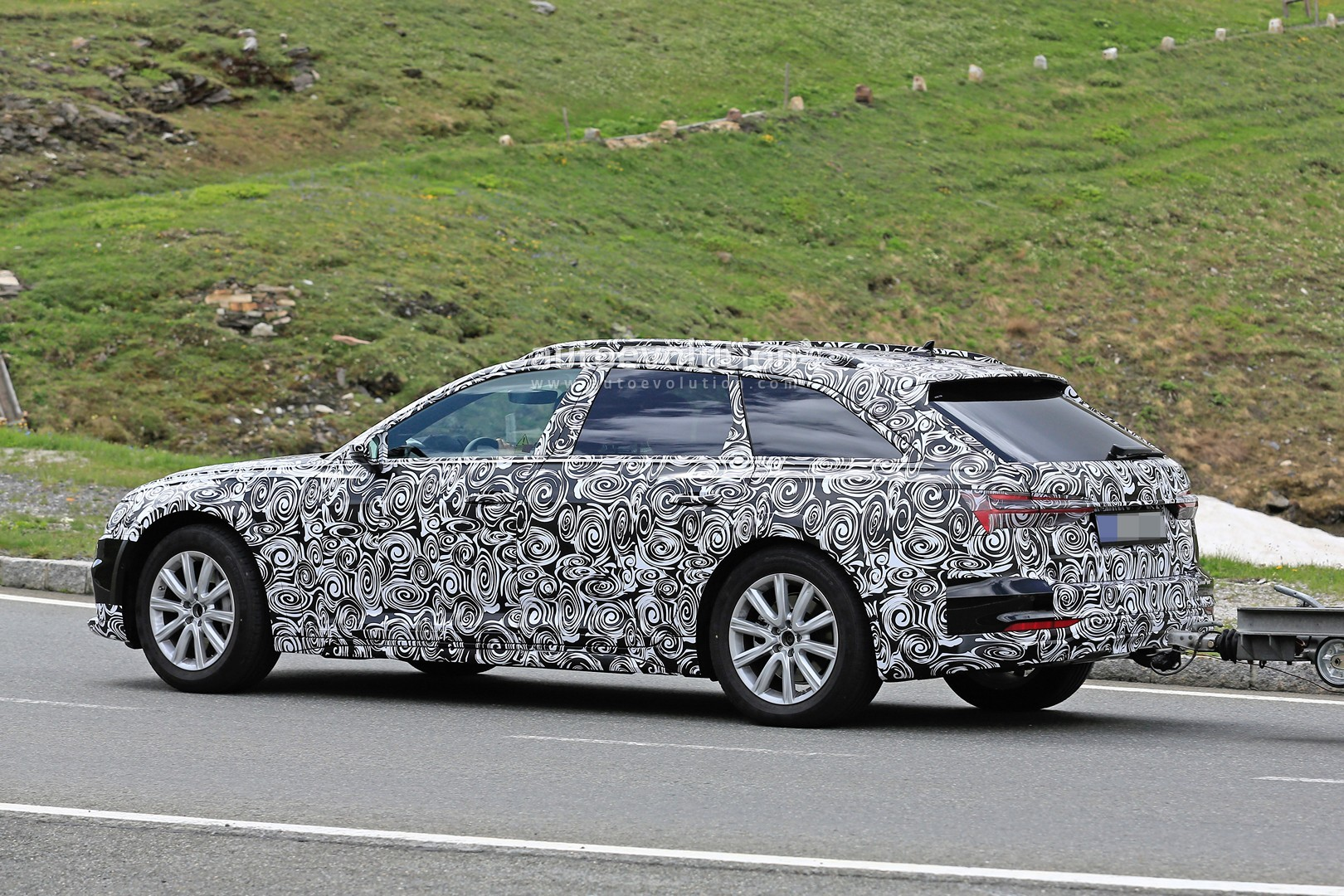 spyshots 2019 audi a6 allroad quattro starts testing autoevolution. Black Bedroom Furniture Sets. Home Design Ideas