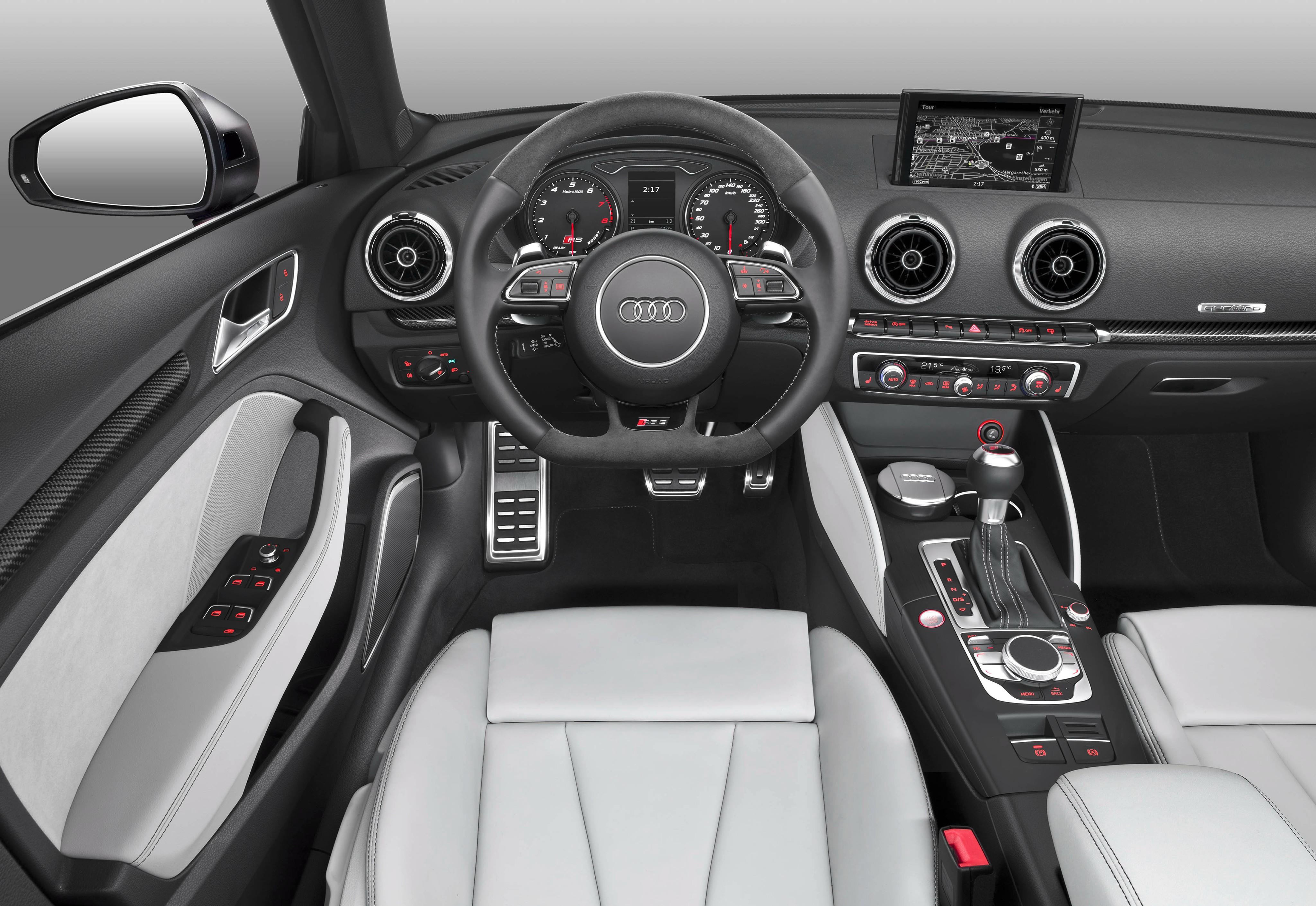 Фото | Салон Audi RS3 Sportback 2015