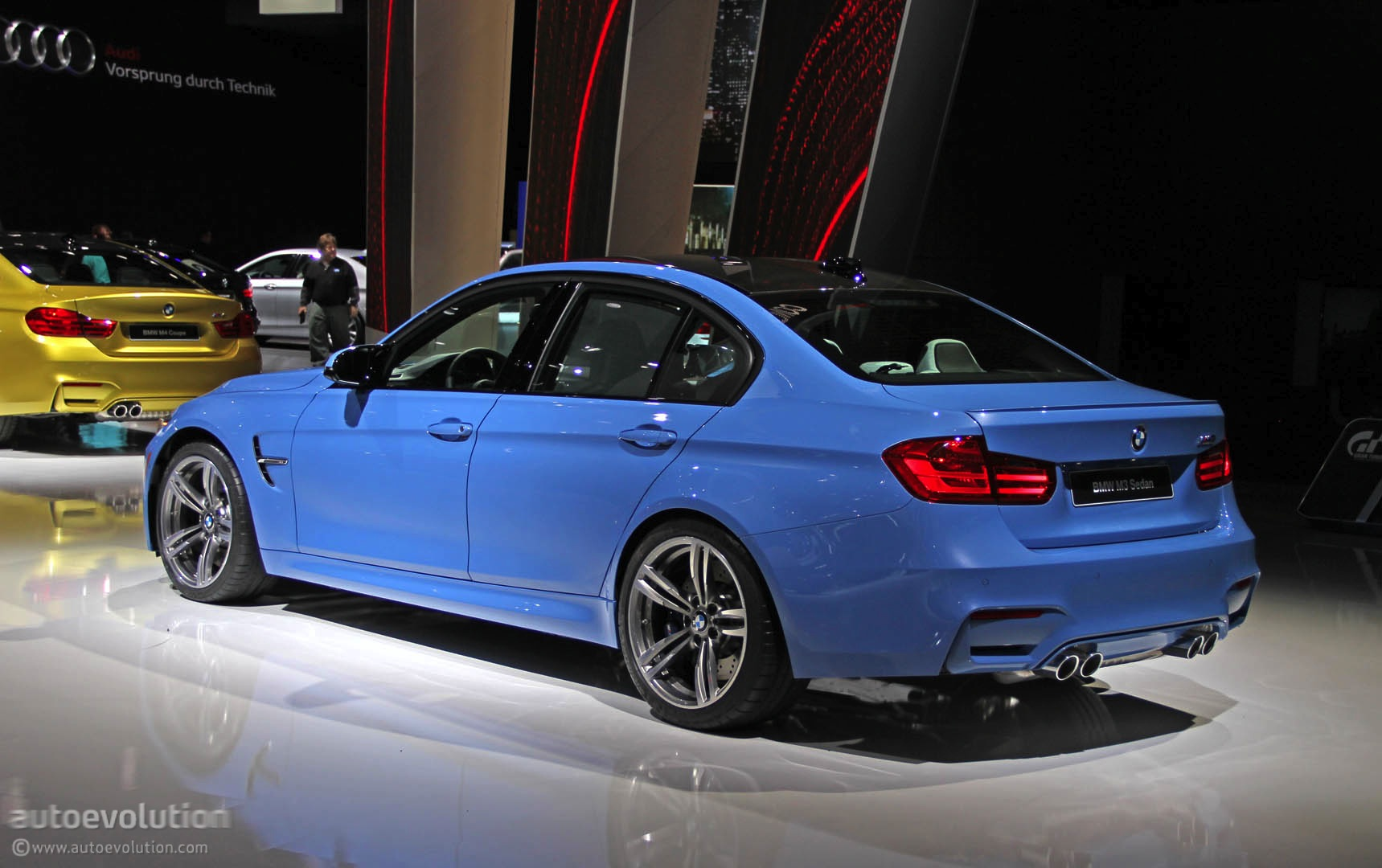 New BMW M Is Blue All Over In Detroit Live Photos Autoevolution - 2014 bmw m3