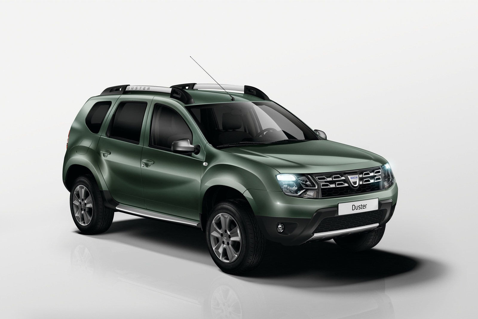 New dacia duster 1 2 tce detailed video autoevolution for Interieur kleuren 2014