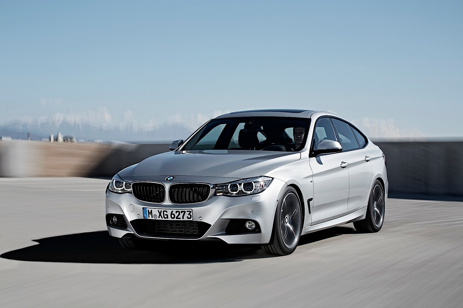 new f34 bmw 3 series gran turismo unveiled in all its. Black Bedroom Furniture Sets. Home Design Ideas