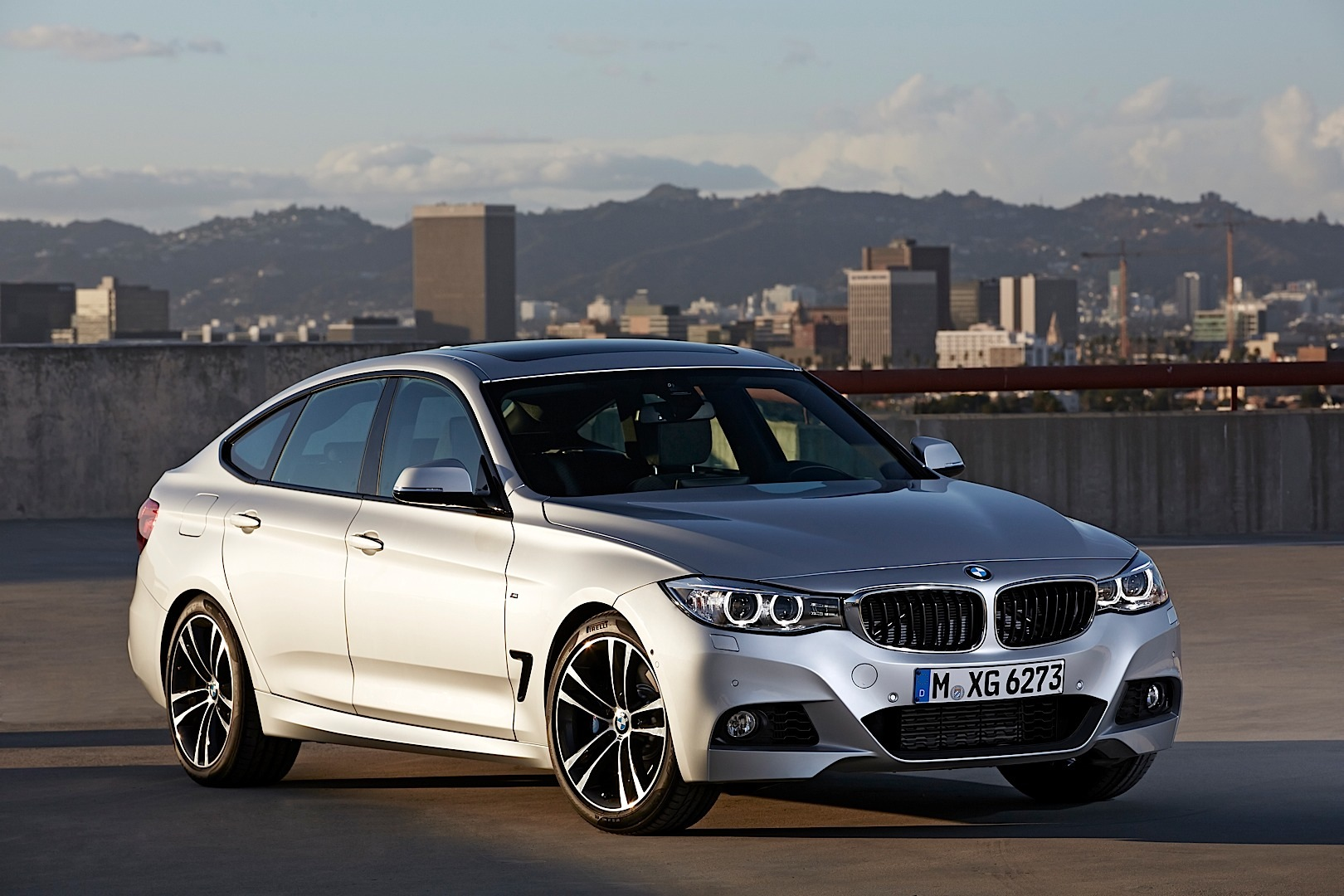 new f34 bmw 3 series gran turismo unveiled in all its glory autoevolution. Black Bedroom Furniture Sets. Home Design Ideas