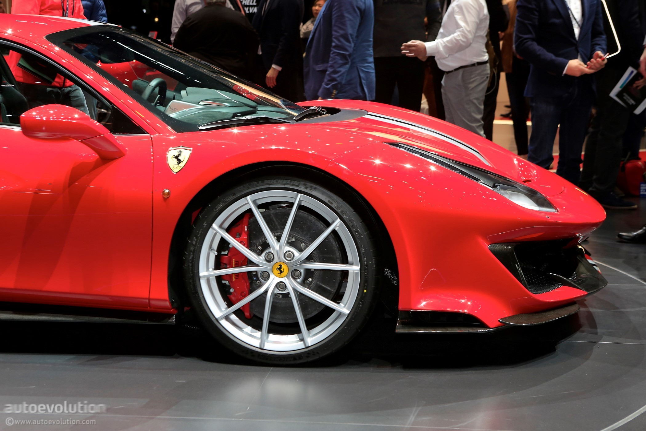 New Ferrari 488 Pista Is Out For Mclaren 720s Blood In Geneva
