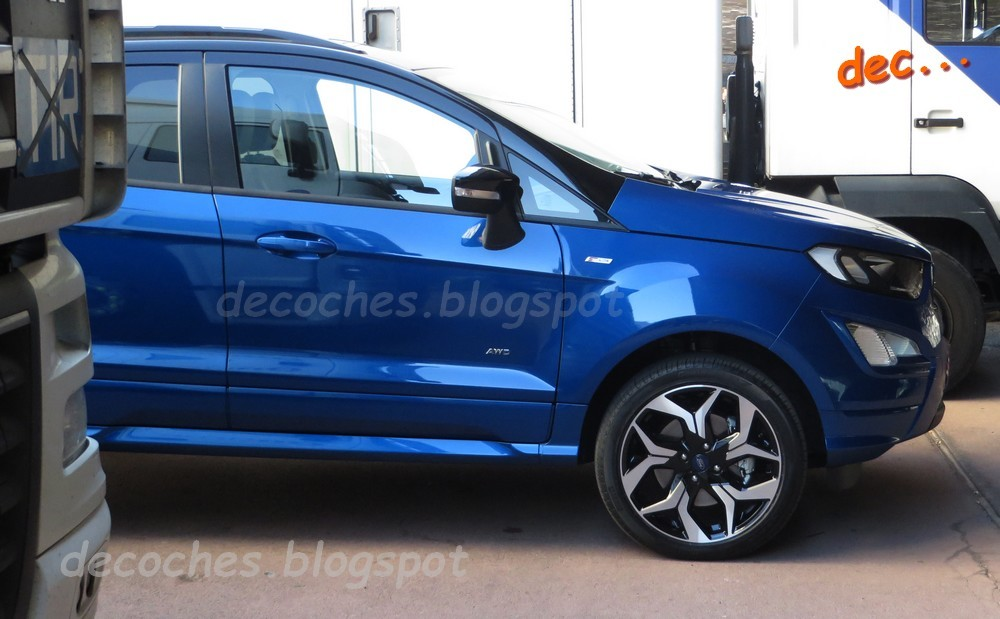 new ford ecosport st line spied uncamouflaged in spain. Black Bedroom Furniture Sets. Home Design Ideas