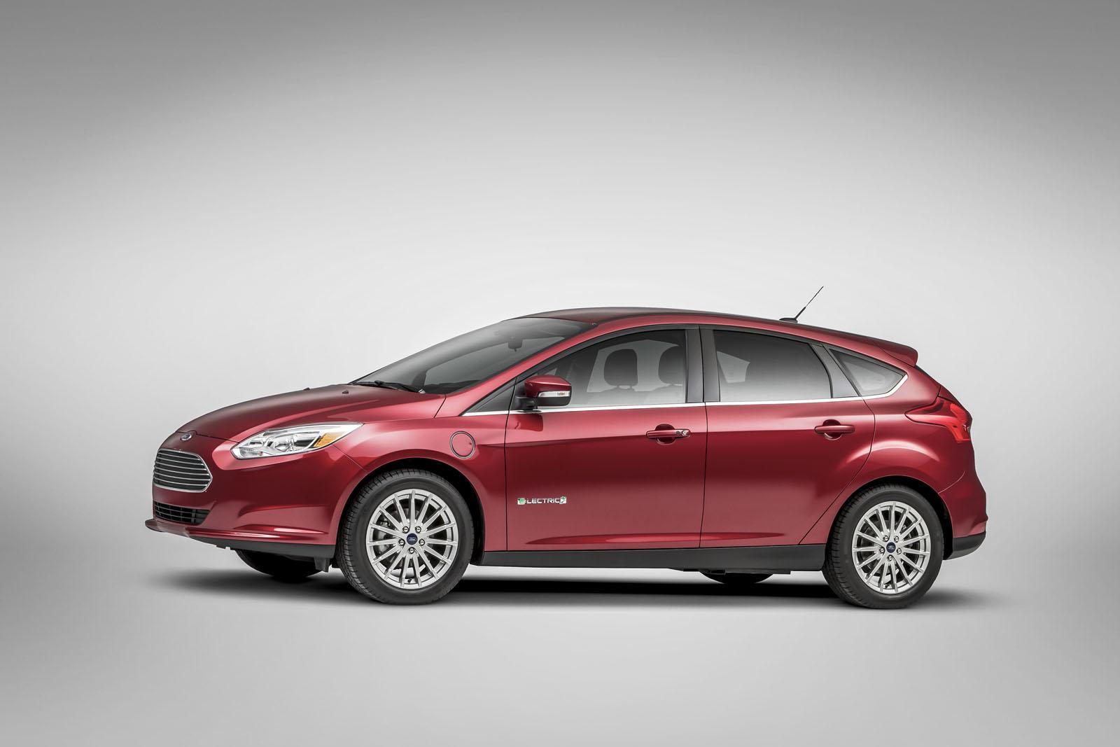 new ford focus electric confirmed to be 6 000 cheaper than predecessor autoevolution. Black Bedroom Furniture Sets. Home Design Ideas