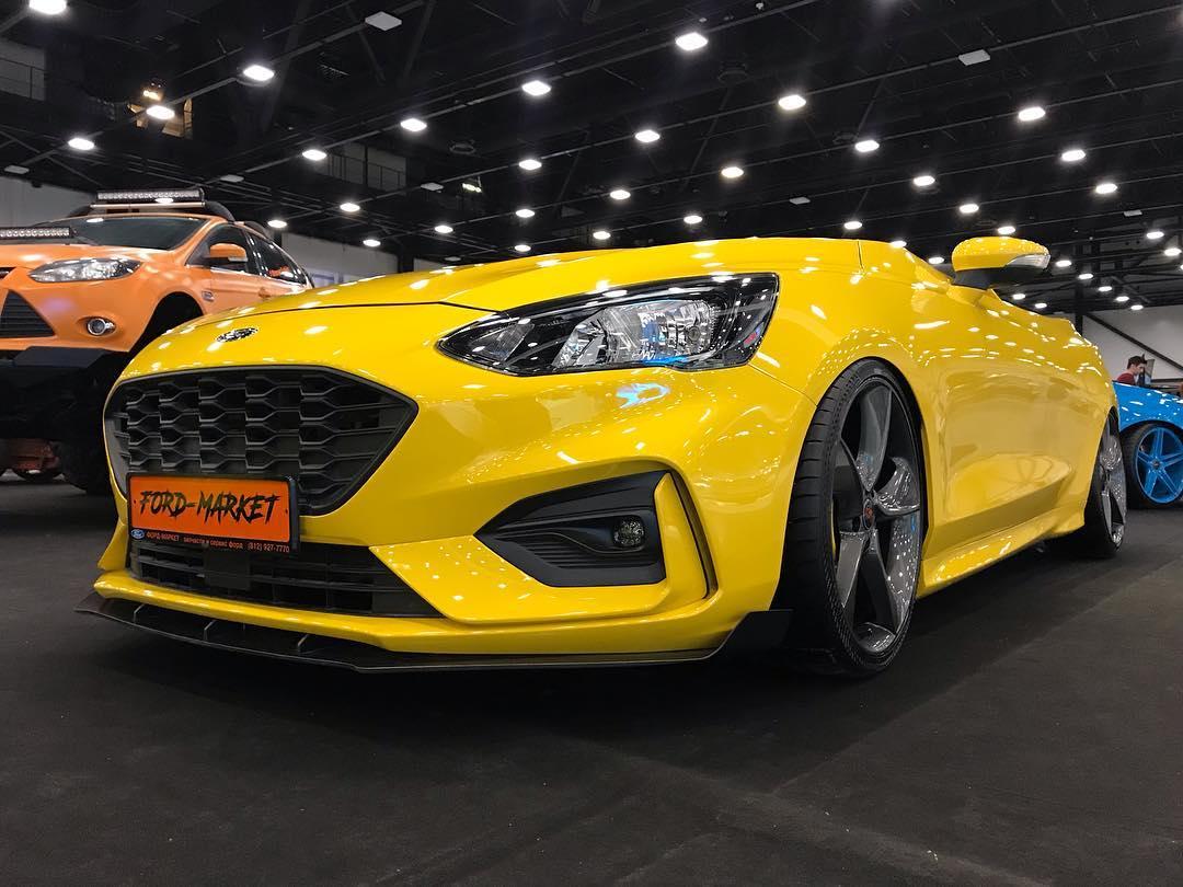 Groupe Renault car manufacturer official website