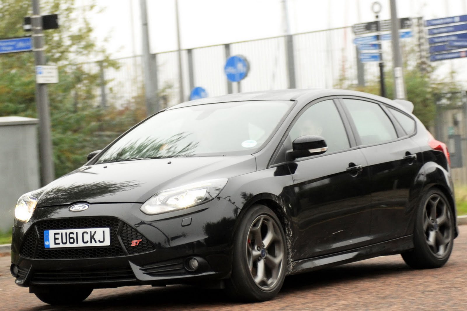 how much horsepower does a 2012 ford focus st have. Black Bedroom Furniture Sets. Home Design Ideas