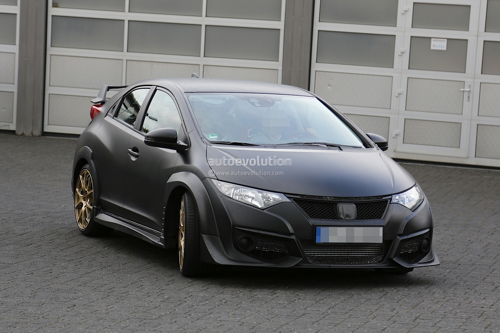 new honda civic type r spied testing against mercedes a45 amg autoevolution. Black Bedroom Furniture Sets. Home Design Ideas