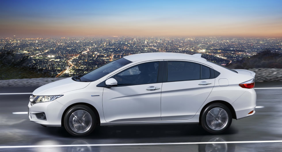 New Honda Grace Hybrid Sedan Launched in Japan, Likely ...