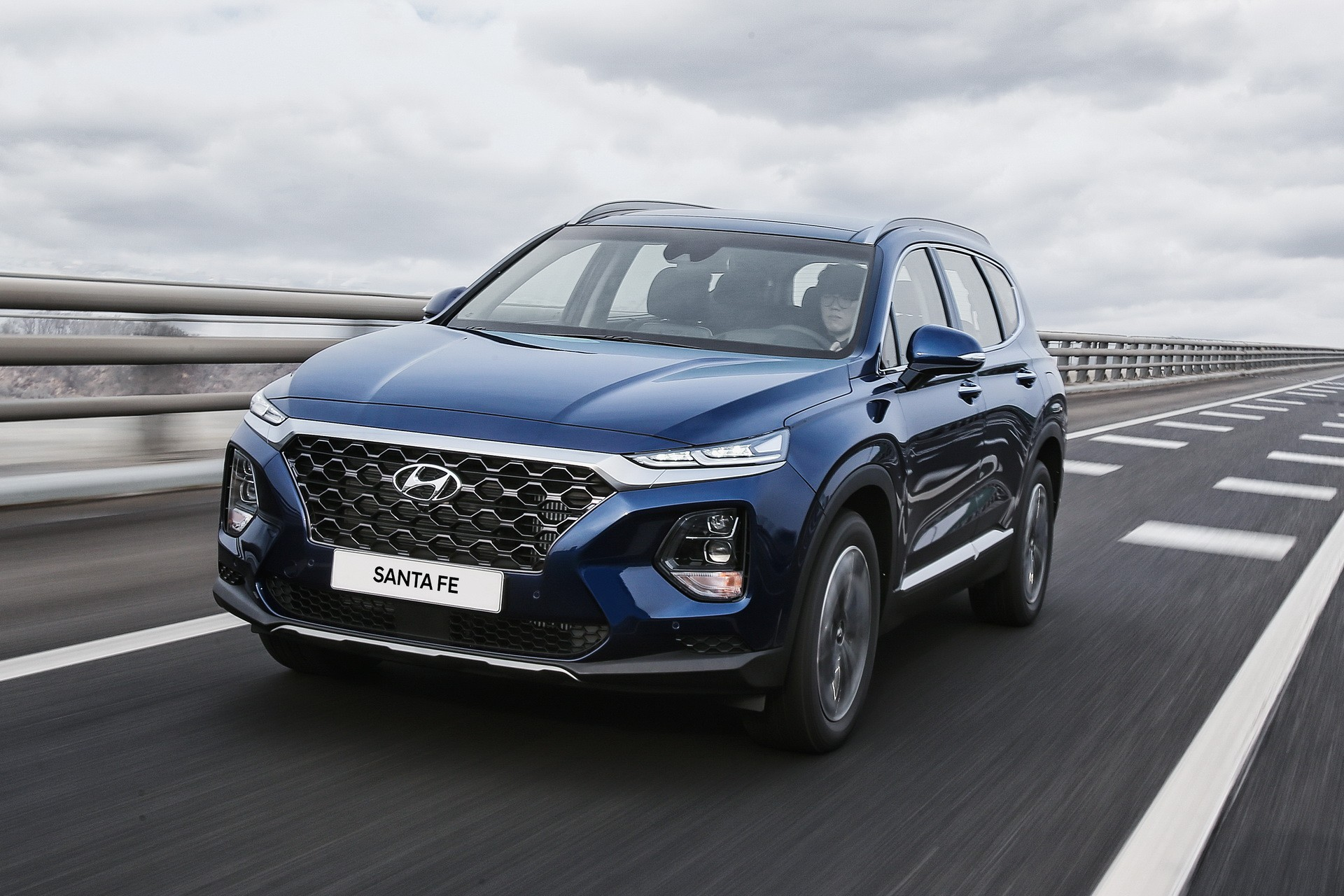 new hyundai santa fe getting diesel engine in america in. Black Bedroom Furniture Sets. Home Design Ideas