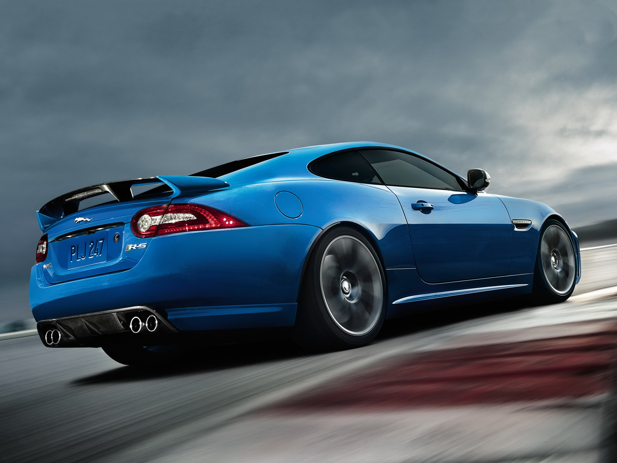 jaguar xk to be replaced by larger xj coupe autoevolution. Black Bedroom Furniture Sets. Home Design Ideas