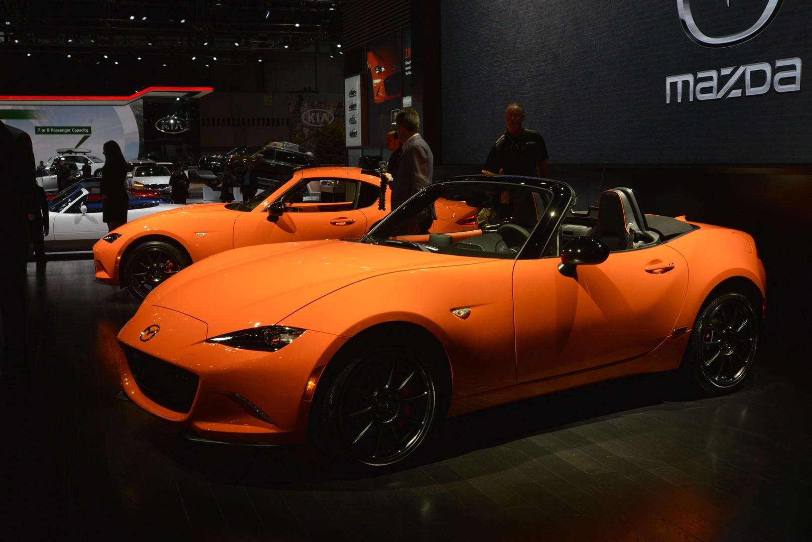 New Mazda MX 5 30th Anniversary Edition Shows Orange Paint
