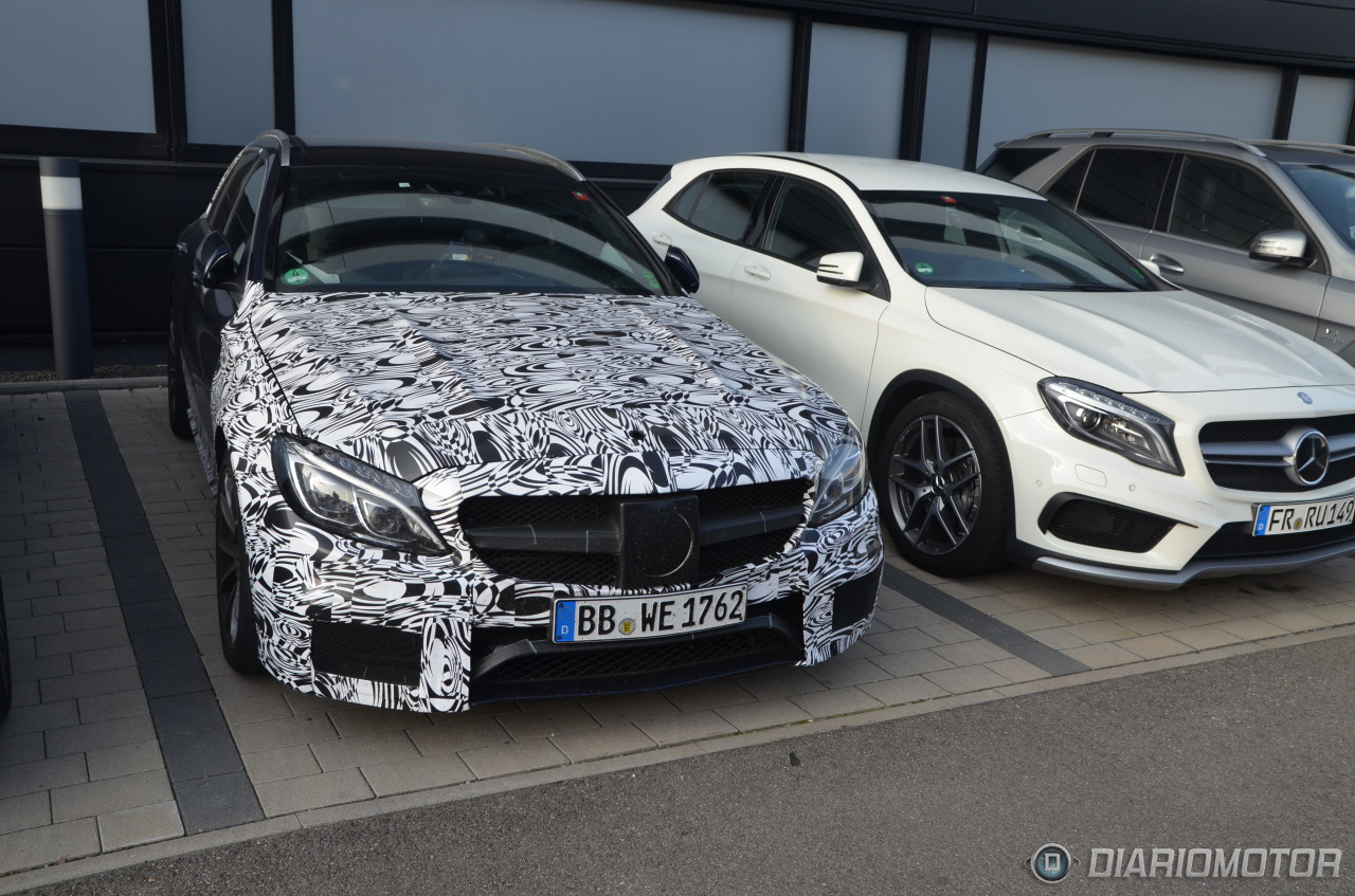 New Mercedes Benz C Amg Spied With Minimal Camouflage Photo Gallery on 10 Liter Engine