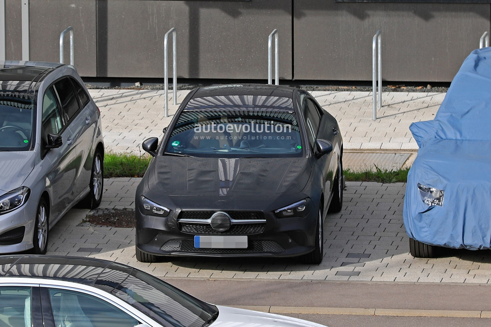 2019 - [Mercedes-Benz] CLA II - Page 4 New-mercedes-benz-cla-class-nearly-revealed-by-latest-spyshots_1