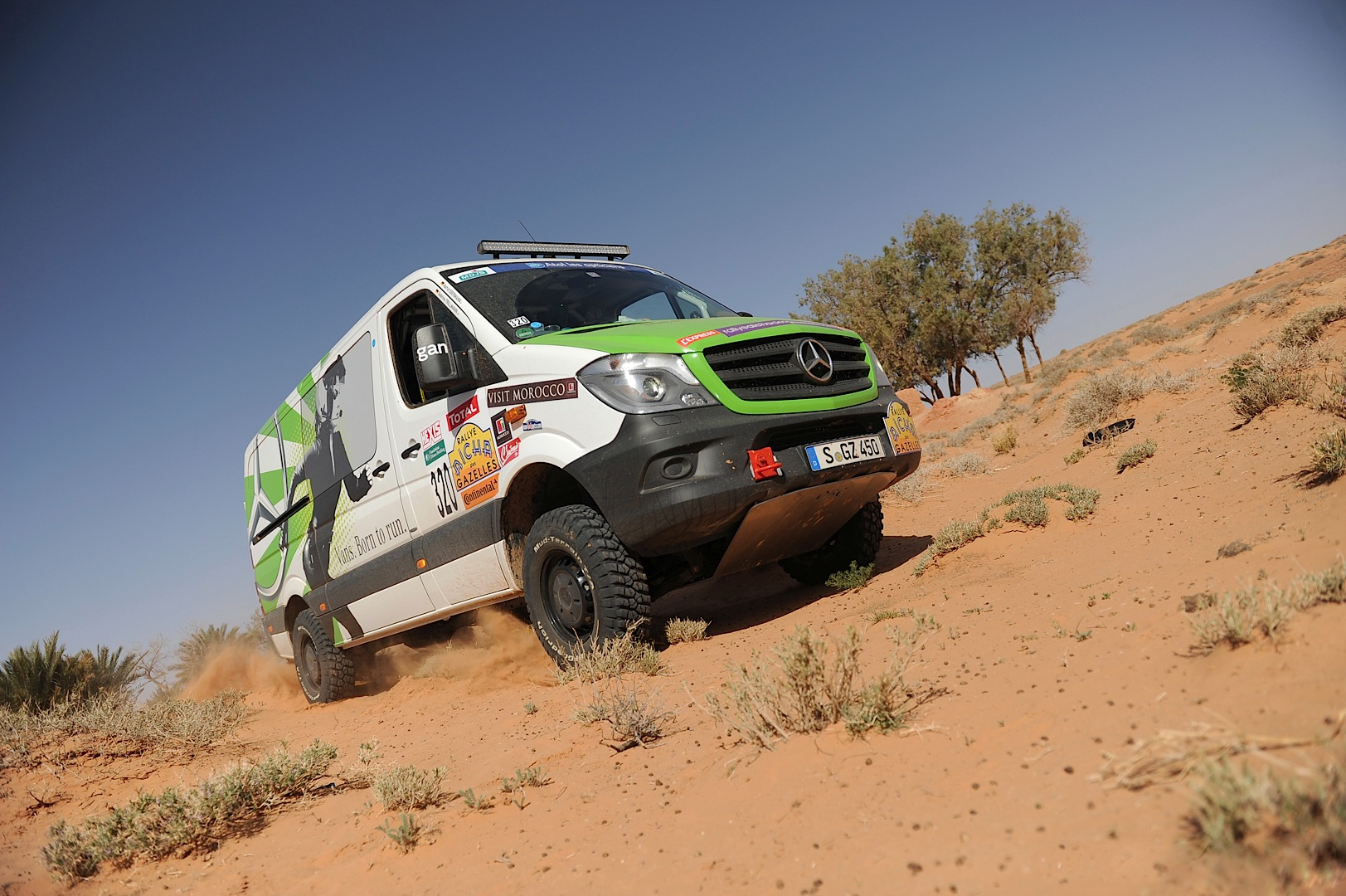 New Mercedes Benz Sprinter 4x4 Goes Rallying Wins