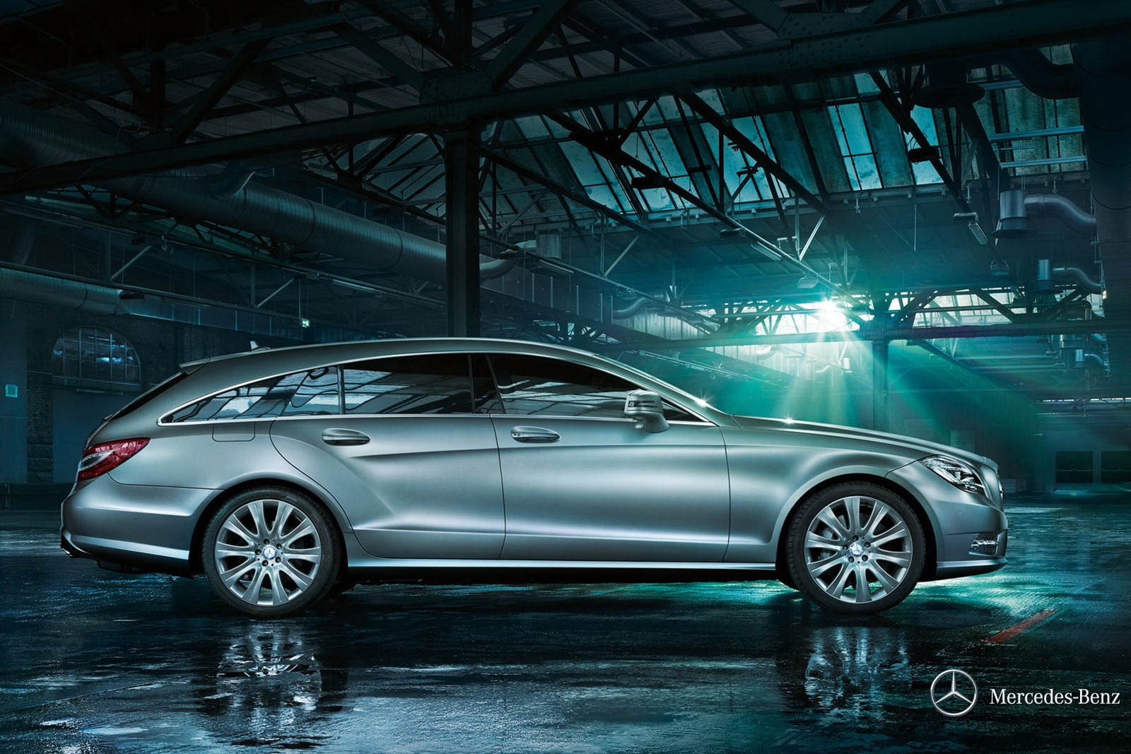 new mercedes cls shooting brake revealed in full autoevolution. Black Bedroom Furniture Sets. Home Design Ideas