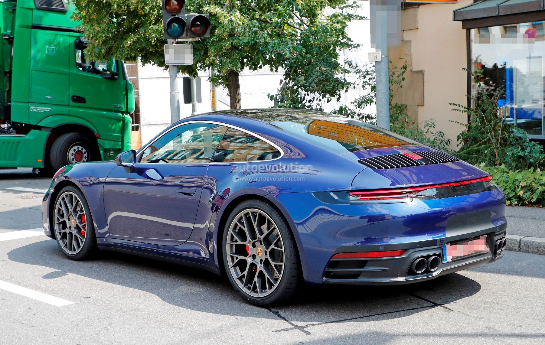 Auto Auction Texas >> New Porsche 911 (992) Spotted on German Autobahn, Shows Widebody Look - autoevolution