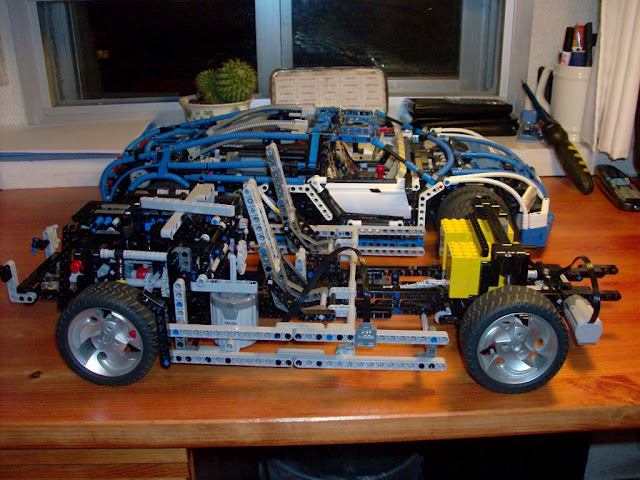 New Porsche 911 Built From Lego With Pdk Gearbox Photo Gallery Video 44952 additionally New Porsche 911 Built From Lego With Pdk Gearbox Photo Gallery Video 44952 further New Porsche 911 Built From Lego With Pdk Gearbox Photo Gallery Video 44952 likewise Watch A Lego Porsche 911 Gt3 Rs Fly Apart In A Crash Test also 75004. on new porsche 911 built from lego with pdk gearbox